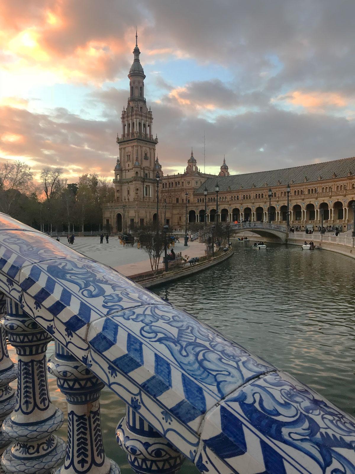 Sevilla travel vlog - video de sevilla - turismo de sevilla - plaza de españa